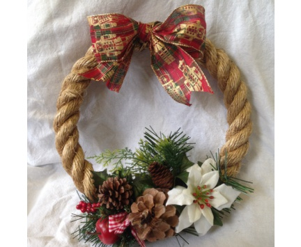 Seasonal Rope Wreath